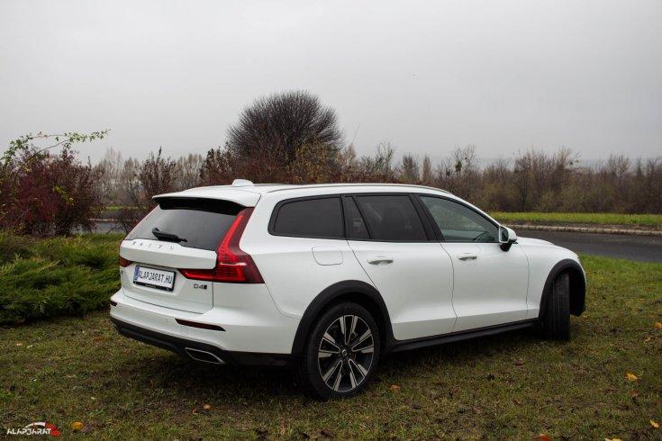 Volvo V60 CC teszt alapjárat