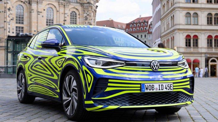 tisztán elektromos Volkswagen ID.4 szemből