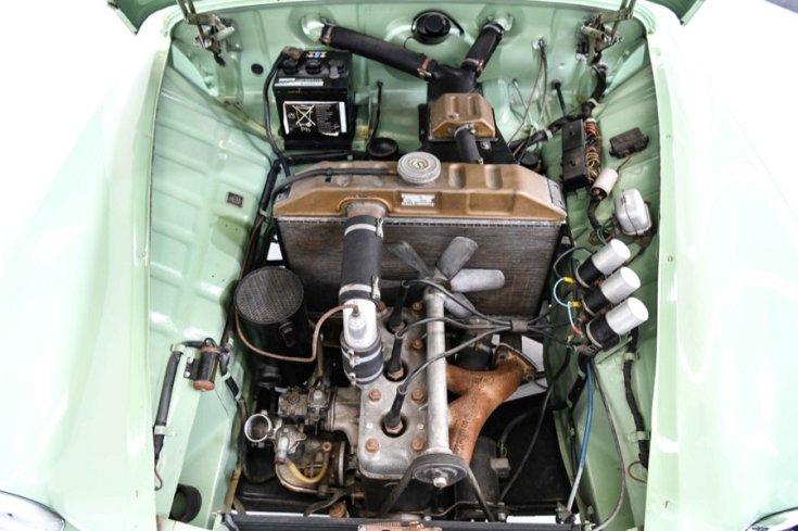 1956 Wartburg 311, Púpos Wartburg, motortér, felülnézet