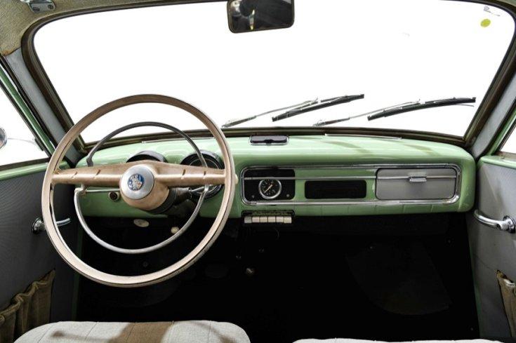 1956 Wartburg 311, almazöld, műszerfal, elölnézet, szemből