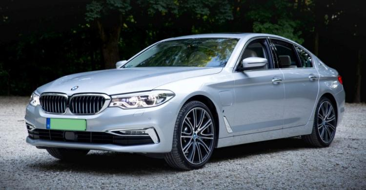 plug-in hibrid BMW 5