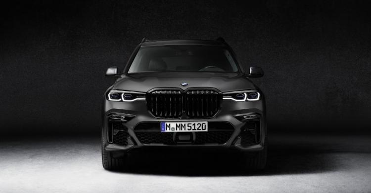 BMW X7 dark shadow