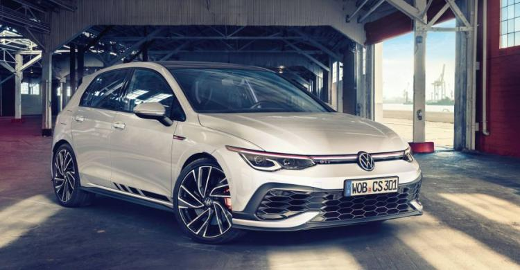 2020-as Volkswagen Golf GTI elölről