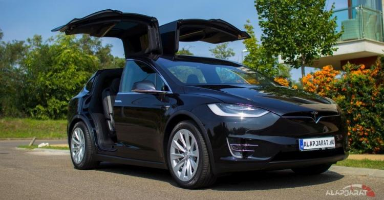 Tesla Model X 100D in da house + Videó!