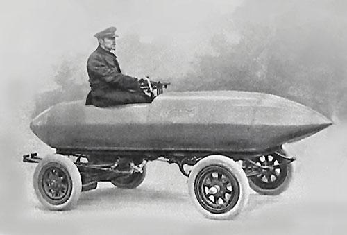 Az Örök Elégedetlen, korának Bugatti Veyronja
