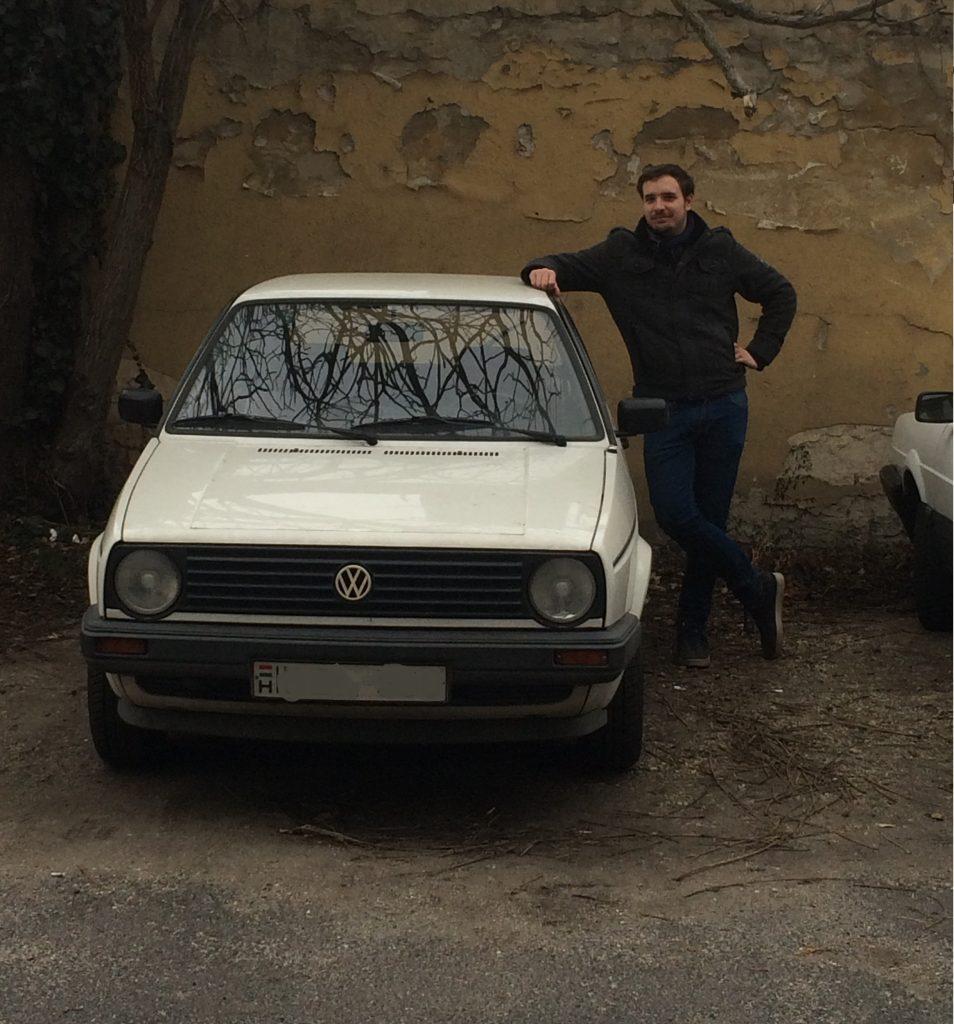 Ádám és a nála is öregebb autó