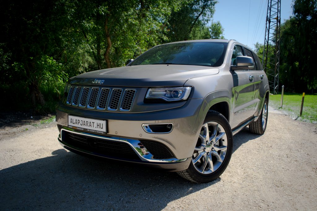 Jeep Grand Cherokee Summit | Alapjárat