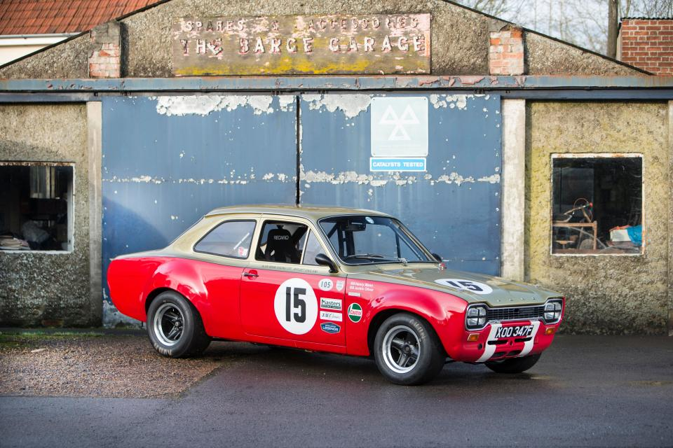 Escort coupe