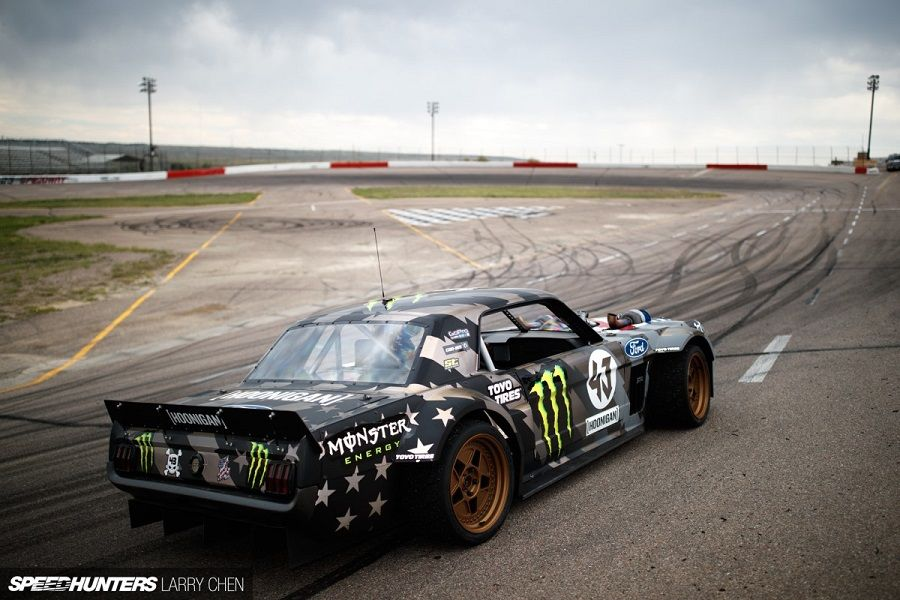 Ken Block Ford Mustang drift