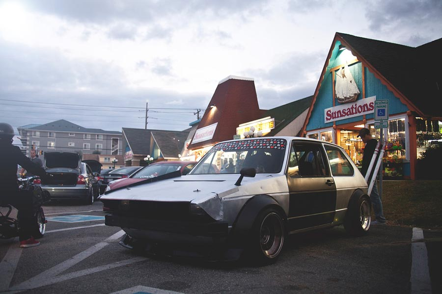 Bosozoku VW Golf MK1 az USA-ban