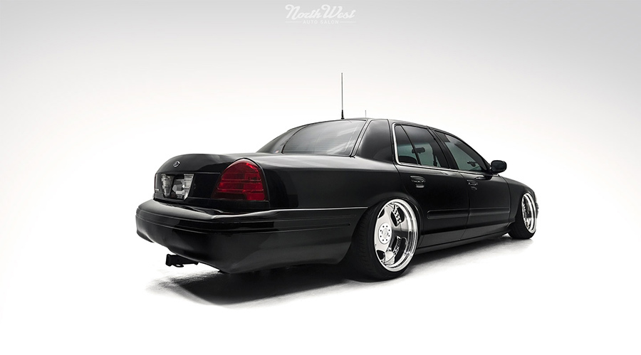 Ford Crown Victoria Zauber felniken