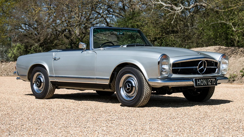 1966-os Mercedes-Benz 230 SL