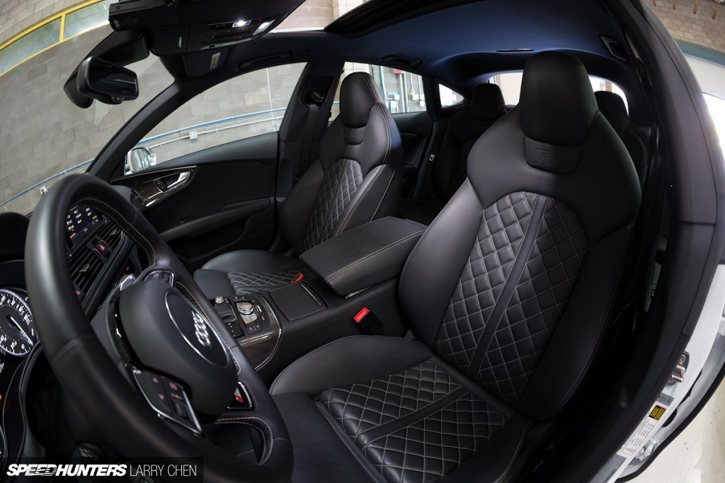 2013-as Audi S7 beltere