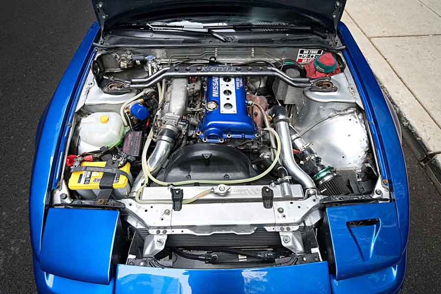 1993-as Nissan 240 SX tuning motortere.