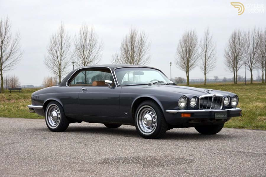 1976-os Jaguar XJ6 Coupé.